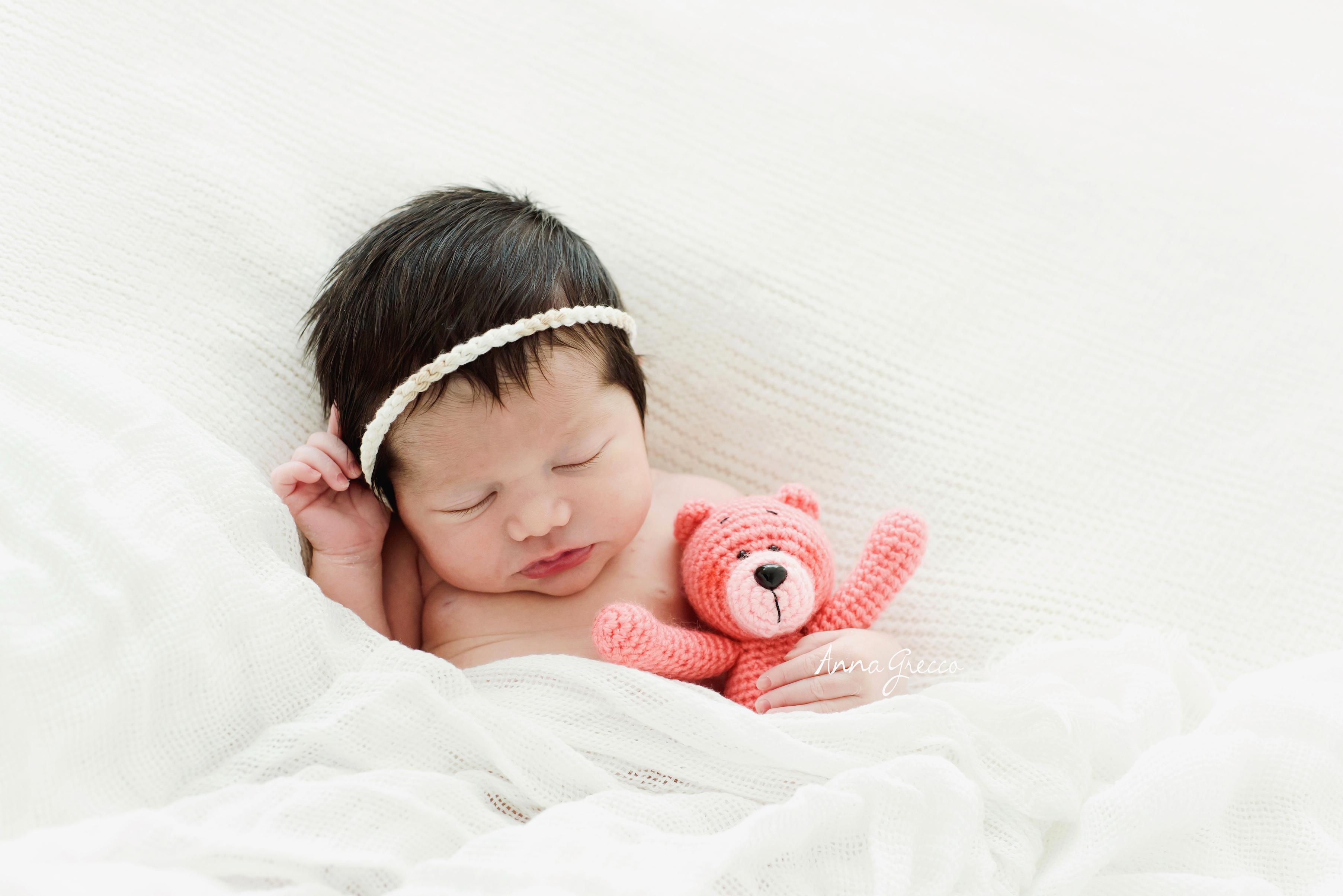 bebe e ursinho - recem-nascido